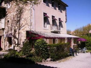 external image of Hôtel Le Coq Hardi