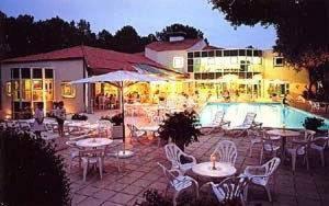 external image of Hotel Parc De La Grange